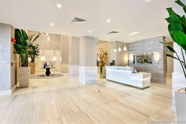 Quadomain Catania for Sale - 2301 S Ocean Dr, Unit 201, Hollywood 33019, photo 1 of 41
