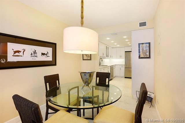 Quadomain Catania for Sale - 2301 S Ocean Dr, Unit 201, Hollywood 33019, photo 12 of 41