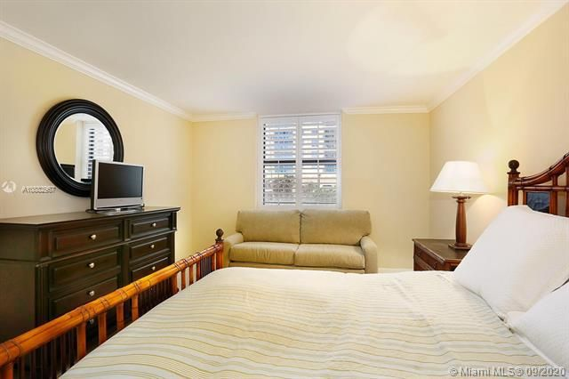 Quadomain Catania for Sale - 2301 S Ocean Dr, Unit 201, Hollywood 33019, photo 15 of 41