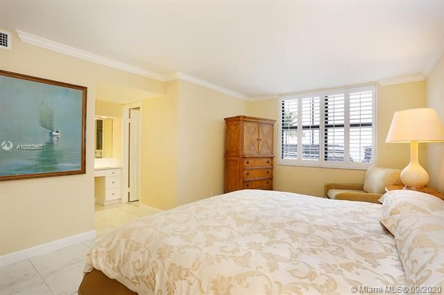 Quadomain Catania for Sale - 2301 S Ocean Dr, Unit 201, Hollywood 33019, photo 18 of 41