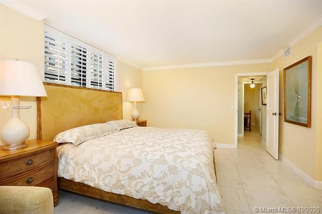 Quadomain Catania for Sale - 2301 S Ocean Dr, Unit 201, Hollywood 33019, photo 19 of 41