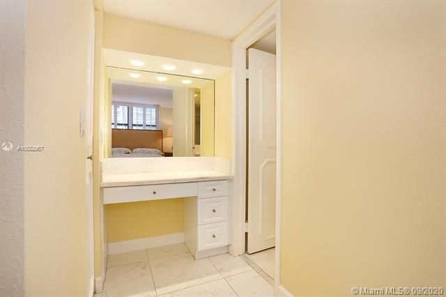 Quadomain Catania for Sale - 2301 S Ocean Dr, Unit 201, Hollywood 33019, photo 20 of 41
