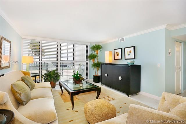 Quadomain Catania for Sale - 2301 S Ocean Dr, Unit 201, Hollywood 33019, photo 3 of 41
