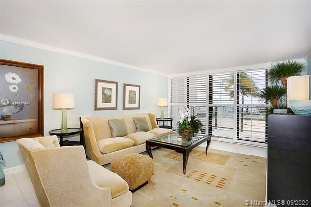 Quadomain Catania for Sale - 2301 S Ocean Dr, Unit 201, Hollywood 33019, photo 4 of 41