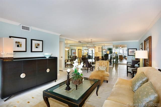 Quadomain Catania for Sale - 2301 S Ocean Dr, Unit 201, Hollywood 33019, photo 6 of 41