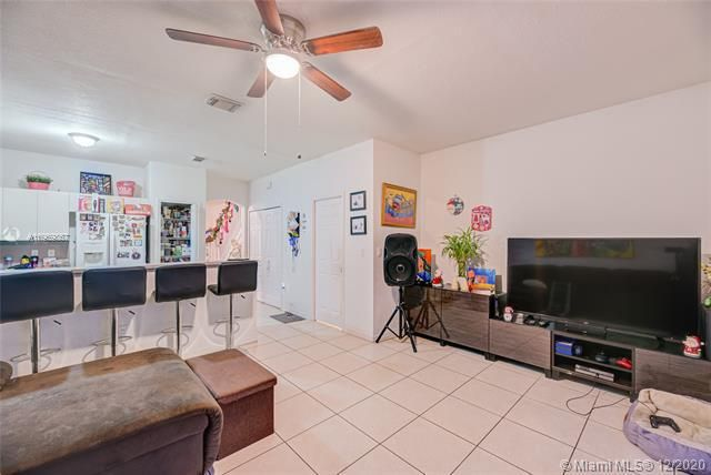 Leeward Islands for Sale - 8361 NW 107th Ct, Unit 7-23, Doral 33178, photo 9 of 18