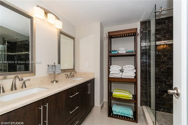 Alexander Towers for Sale - 3505 S Ocean Dr, Unit 1112, Hollywood 33019, photo 11 of 16