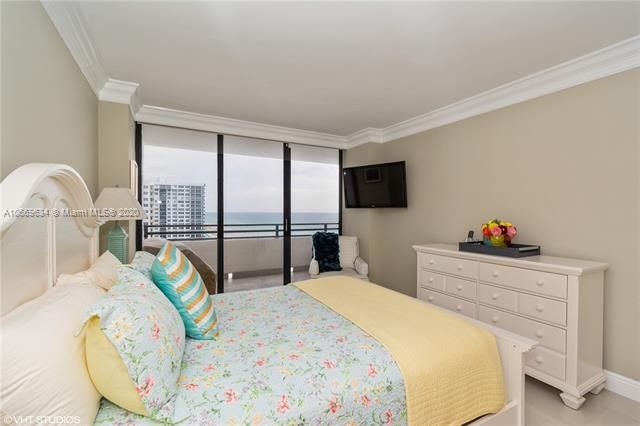 Alexander Towers for Sale - 3505 S Ocean Dr, Unit 1112, Hollywood 33019, photo 12 of 16