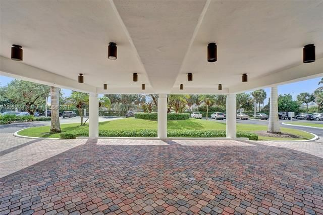 Summit for Sale - 1201 S Ocean Dr, Unit 110S, Hollywood 33019, photo 39 of 58