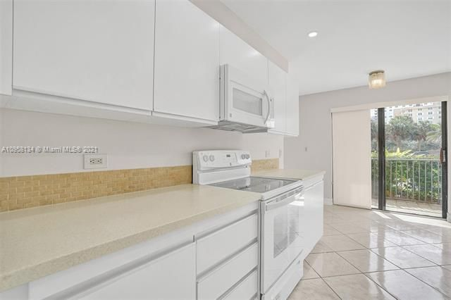 Summit for Sale - 1201 S Ocean Dr, Unit 110S, Hollywood 33019, photo 7 of 58