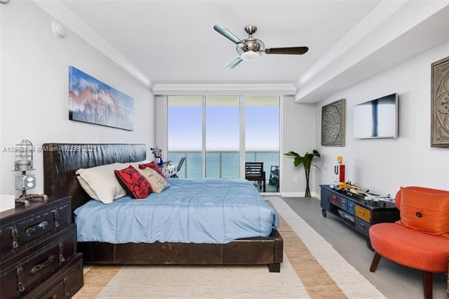 Beach Club I for Sale - 1850 S Ocean Dr, Unit 3903, Hallandale 33009, photo 5 of 30