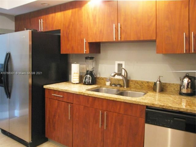Sian Ocean Residences for Sale - 4001 S Ocean Dr, Unit 2R, Hollywood 33019, photo 18 of 23
