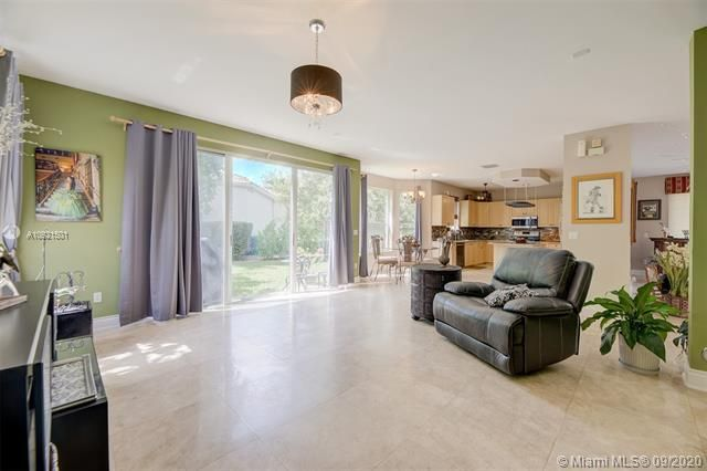 Riviera Isles for Sale - 17098 SW 52nd Ct, Miramar 33027, photo 14 of 41