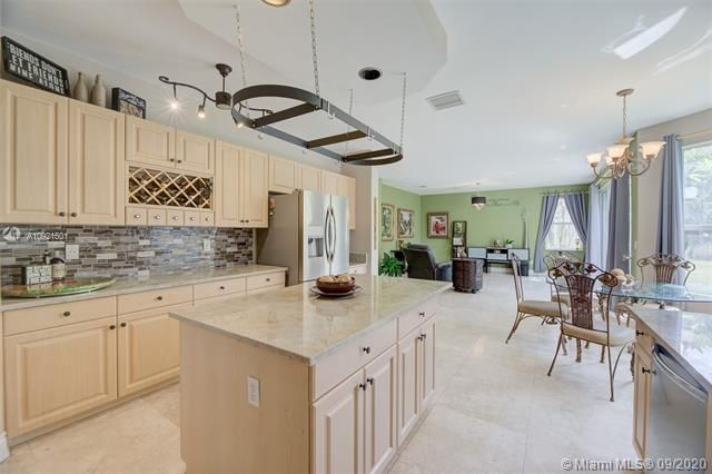 Riviera Isles for Sale - 17098 SW 52nd Ct, Miramar 33027, photo 2 of 41