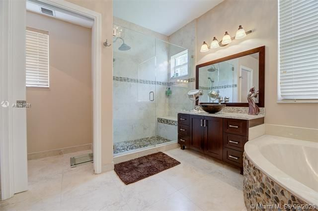 Riviera Isles for Sale - 17098 SW 52nd Ct, Miramar 33027, photo 21 of 41