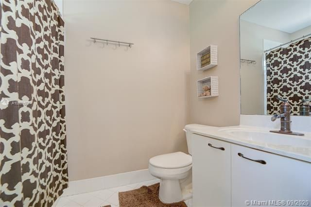 Riviera Isles for Sale - 17098 SW 52nd Ct, Miramar 33027, photo 33 of 41