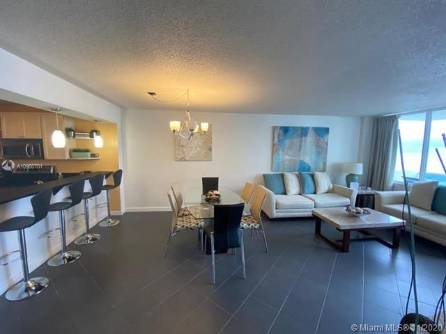 Sea Air Towers for Sale - 3725 S Ocean Dr, Unit 912, Hollywood 33019, photo 11 of 34