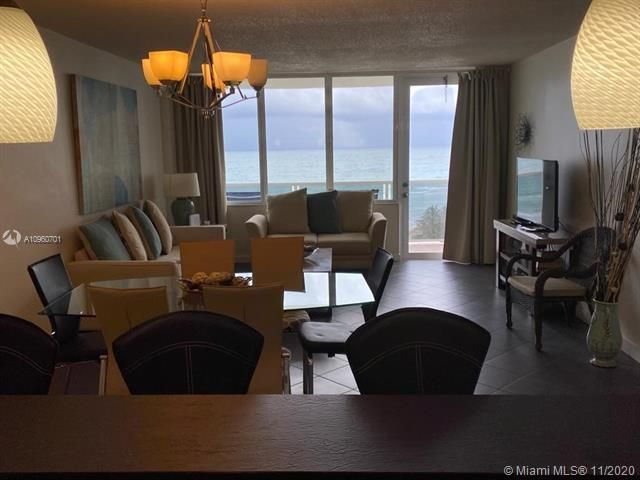 Sea Air Towers for Sale - 3725 S Ocean Dr, Unit 912, Hollywood 33019, photo 5 of 34