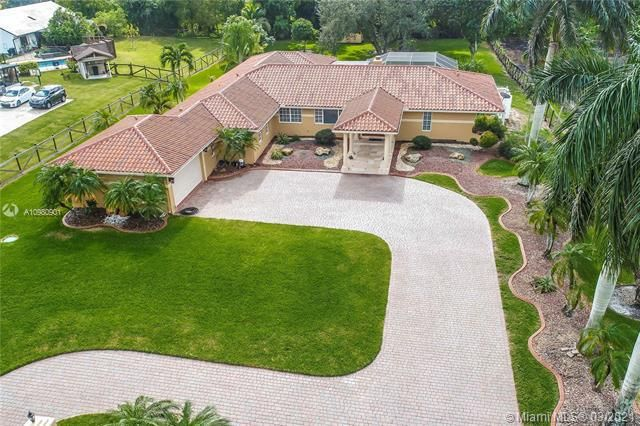Fla Fruit Lands Co Sub 1 for Sale - 15830 SW 53rd Ct, Southwest Ranches 33331, photo 1 of 28