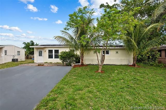North Margate 1st Add for Sale - 2656 NW 63rd Ave, Margate 33063, photo 1 of 22