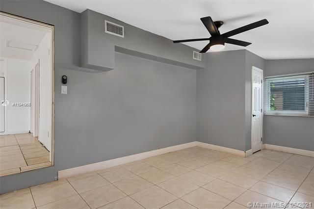 North Margate 1st Add for Sale - 2656 NW 63rd Ave, Margate 33063, photo 10 of 22