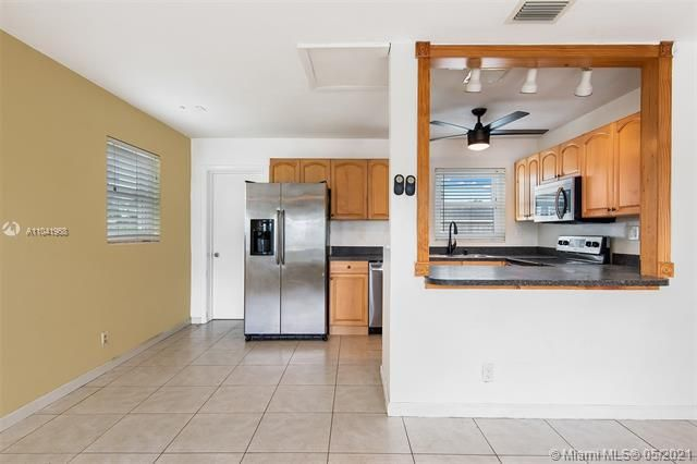 North Margate 1st Add for Sale - 2656 NW 63rd Ave, Margate 33063, photo 14 of 22