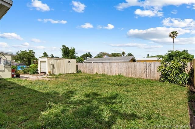 North Margate 1st Add for Sale - 2656 NW 63rd Ave, Margate 33063, photo 20 of 22