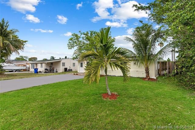 North Margate 1st Add for Sale - 2656 NW 63rd Ave, Margate 33063, photo 3 of 22