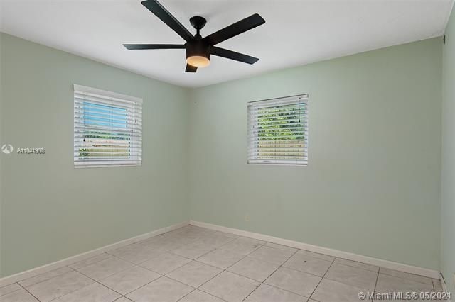North Margate 1st Add for Sale - 2656 NW 63rd Ave, Margate 33063, photo 5 of 22