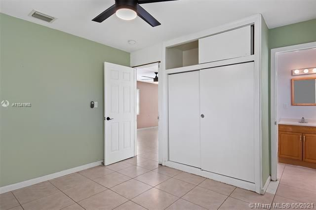 North Margate 1st Add for Sale - 2656 NW 63rd Ave, Margate 33063, photo 6 of 22