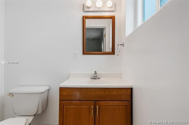 North Margate 1st Add for Sale - 2656 NW 63rd Ave, Margate 33063, photo 7 of 22