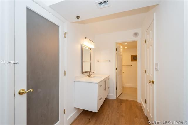 Summit for Sale - 1201 S Ocean Dr, Unit 2109S, Hollywood 33019, photo 10 of 35