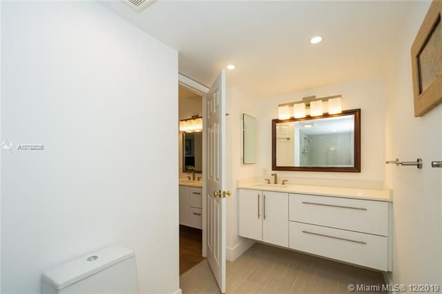 Summit for Sale - 1201 S Ocean Dr, Unit 2109S, Hollywood 33019, photo 11 of 35
