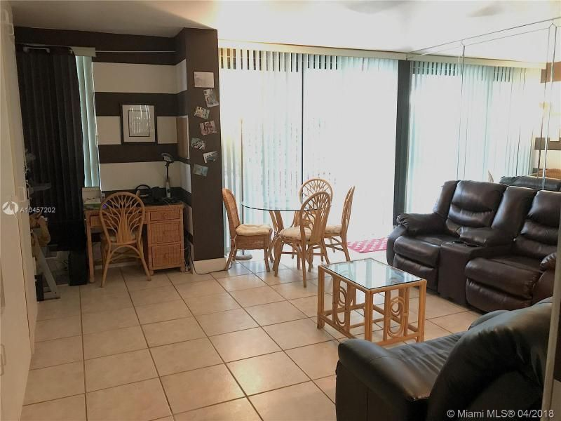 Alexander Towers for Sale - 3505 S Ocean Dr, Unit 106, Hollywood 33019, photo 6 of 11