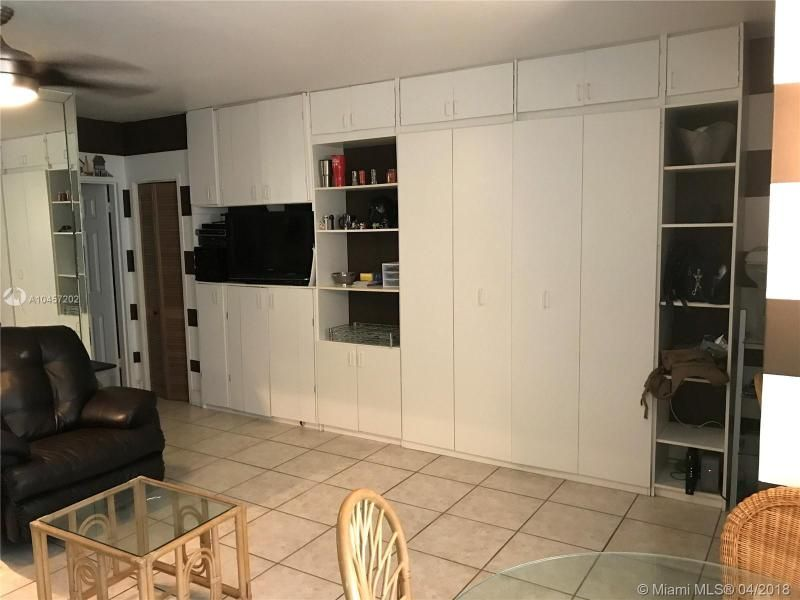 Alexander Towers for Sale - 3505 S Ocean Dr, Unit 106, Hollywood 33019, photo 8 of 11