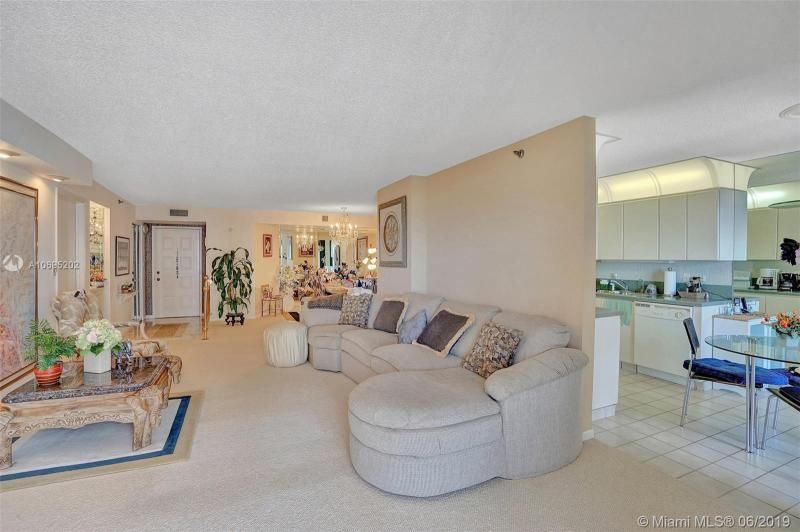 Summit for Sale - 1201 S Ocean Dr, Unit 1103S, Hollywood 33019, photo 11 of 40