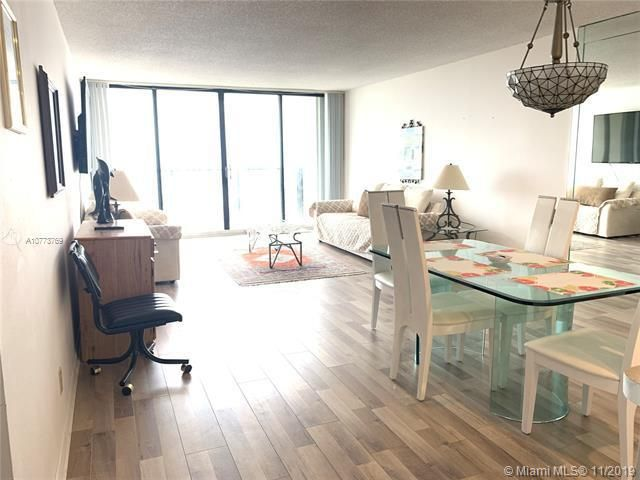 Quadomain for Sale - 2101 S Ocean Dr, Unit 2206, Hollywood 33019, photo 4 of 26