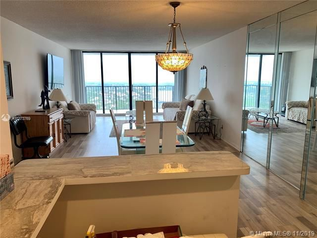 Quadomain for Sale - 2101 S Ocean Dr, Unit 2206, Hollywood 33019, photo 9 of 26