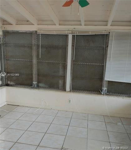 Browardale 1st Addition for Sale - 3341 NW 5th Pl, Lauderhill 33311, photo 4 of 9