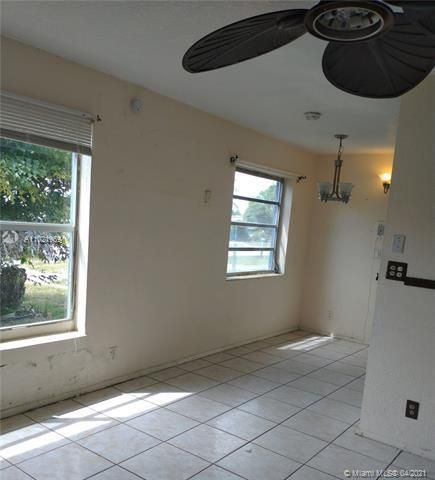 Browardale 1st Addition for Sale - 3341 NW 5th Pl, Lauderhill 33311, photo 5 of 9