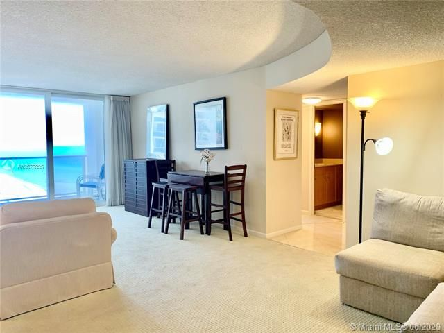 Aquarius for Sale - 2751 S Ocean Dr, Unit 1702S, Hollywood 33019, photo 10 of 50