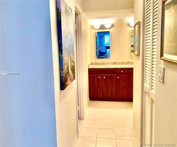 Aquarius for Sale - 2751 S Ocean Dr, Unit 1702S, Hollywood 33019, photo 25 of 50