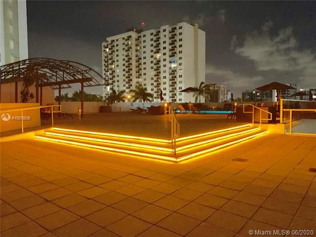 Aquarius for Sale - 2751 S Ocean Dr, Unit 1702S, Hollywood 33019, photo 40 of 50
