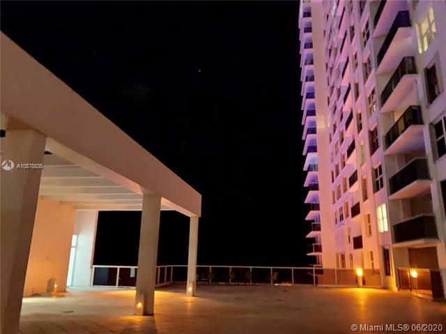 Aquarius for Sale - 2751 S Ocean Dr, Unit 1702S, Hollywood 33019, photo 41 of 50
