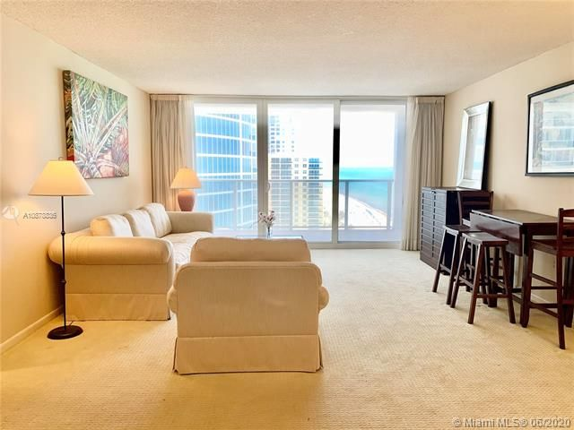 Aquarius for Sale - 2751 S Ocean Dr, Unit 1702S, Hollywood 33019, photo 6 of 50