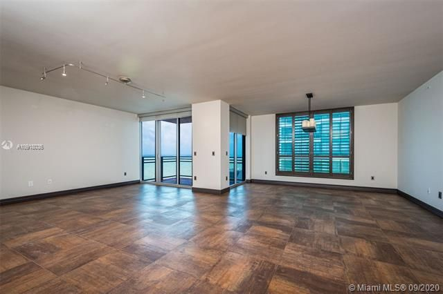Diplomat Oceanfront Residences for Sale - 3535 S Ocean Dr, Unit 1904, Hollywood 33019, photo 5 of 31