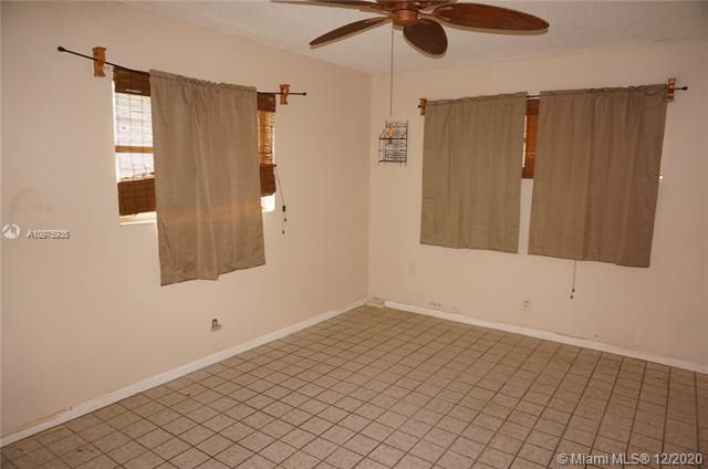 Paradise Gardens Sec 2 for Sale - 1455 NW 69th Ave, Margate 33063, photo 14 of 27