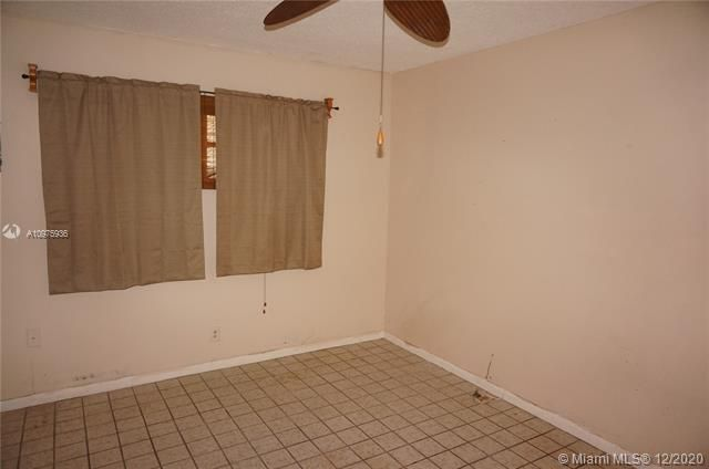 Paradise Gardens Sec 2 for Sale - 1455 NW 69th Ave, Margate 33063, photo 16 of 27