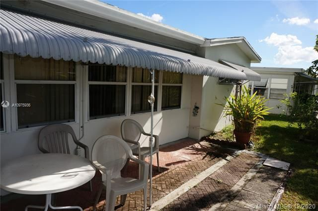 Paradise Gardens Sec 2 for Sale - 1455 NW 69th Ave, Margate 33063, photo 18 of 27