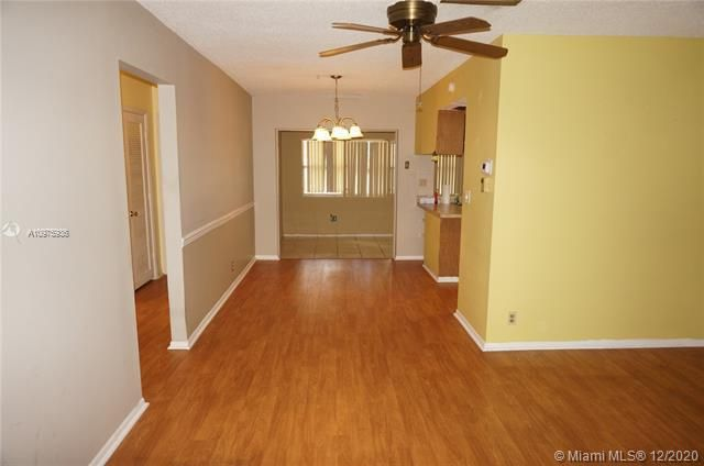 Paradise Gardens Sec 2 for Sale - 1455 NW 69th Ave, Margate 33063, photo 5 of 27